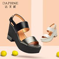 Daphne/达芙妮 夏季 凉鞋韩版高跟防水台露趾一字扣女鞋