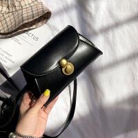 韩版时尚复古单肩包潮流斜挎简约女包百搭个性小包包零钱手机包