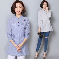 刺绣条纹长袖衬衫女装春秋季新款大码宽松圆领中长款上衣