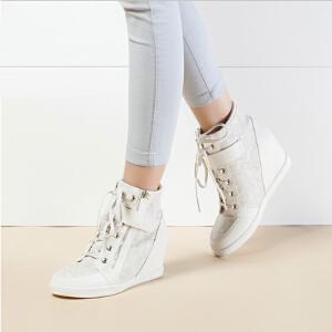 Daphne/达芙妮时尚系带魔术贴拉链内增高女高帮靴