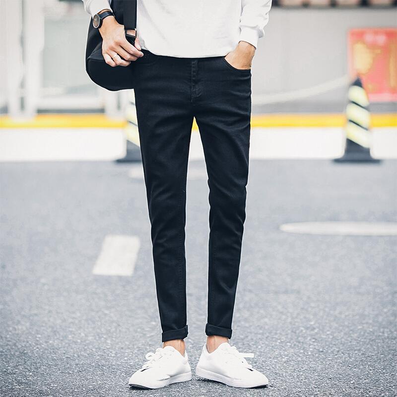 纯黑牛仔裤男士休闲小脚裤修身弹力青少年黑色裤子潮流学生长裤 纯黑牛仔8 一般在付款后3-90天左右发货,具体发货时间请以与客服协商的时间为准