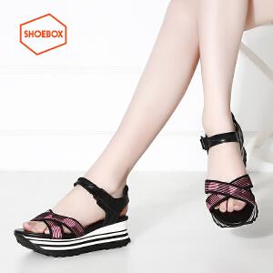 达芙妮旗下SHOEBOX/鞋柜夏款休闲厚底松糕鞋女拼色一字扣带凉鞋