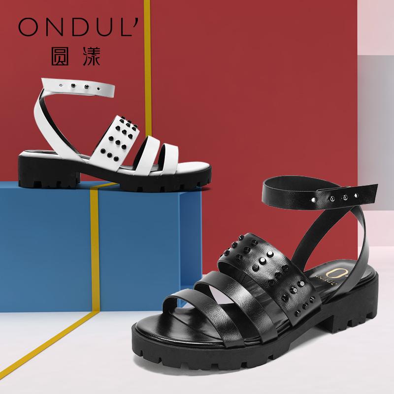 Daphne/达芙妮旗下品牌圆漾 脚裸环扣铆钉条带凉女鞋