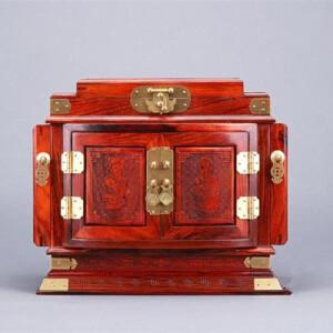 红酸枝珠宝箱梳妆首饰盒长30宽20高23cm