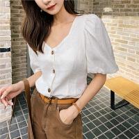 七格格衬衫女2019新款夏季韩版宽松显瘦v领泡泡袖潮白色短袖上衣