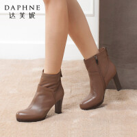 Daphne/达芙妮女靴 头层牛皮时尚舒适粗高跟防水台短筒女时装短靴