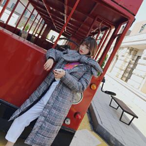 Freefeel 2018秋冬新款羽绒服女中长款棉衣时尚格子大衣韩版大围脖棉袄XY8816