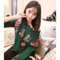 网红毛衣女套头 加厚粗线V领学生外套韩版破洞针织衫短款绣花上衣