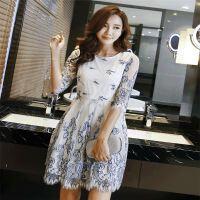 高档品牌双色绣花18春夏季新款七分袖蕾丝蓬蓬裙修身连衣裙