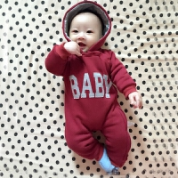 婴儿连体衣服0-3个月女宝宝新生儿冬装秋装秋冬季哈衣外出
