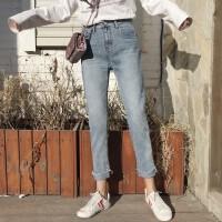 2018春装新款不规则撕边直筒裤高腰牛仔裤女裤学生宽松休闲九分裤