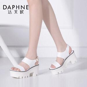 Daphne/达芙妮 夏季女鞋时尚圆头简约粗高跟一字面凉鞋