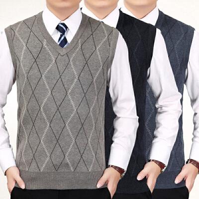 春秋季中老年男装V领针织衫马甲男薄款修身爸爸装菱形毛衣背心新 发货周期:一般在付款后2-90天左右发货,具体发货时间请以与客服协商的时间为准