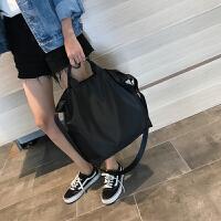 新款旅行包尼龙防水布包韩版健身包大容量瑜伽包手提斜跨运动女包