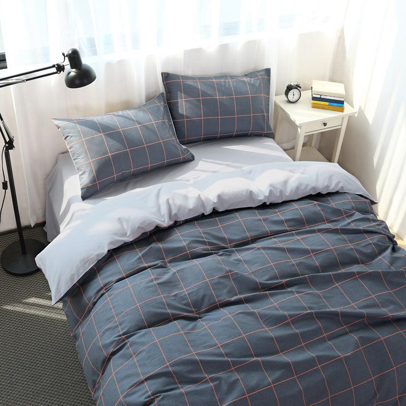 简约条纹格子床上四件套棉床单被套棉学生宿舍床上三件套1.8m 发货周期:一般在付款后2-90天左右发货,具体发货时间请以与客服协商的时间为准