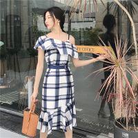 18国新款c复古风一字领荷叶边上衣+修身半身裙纯色女套装