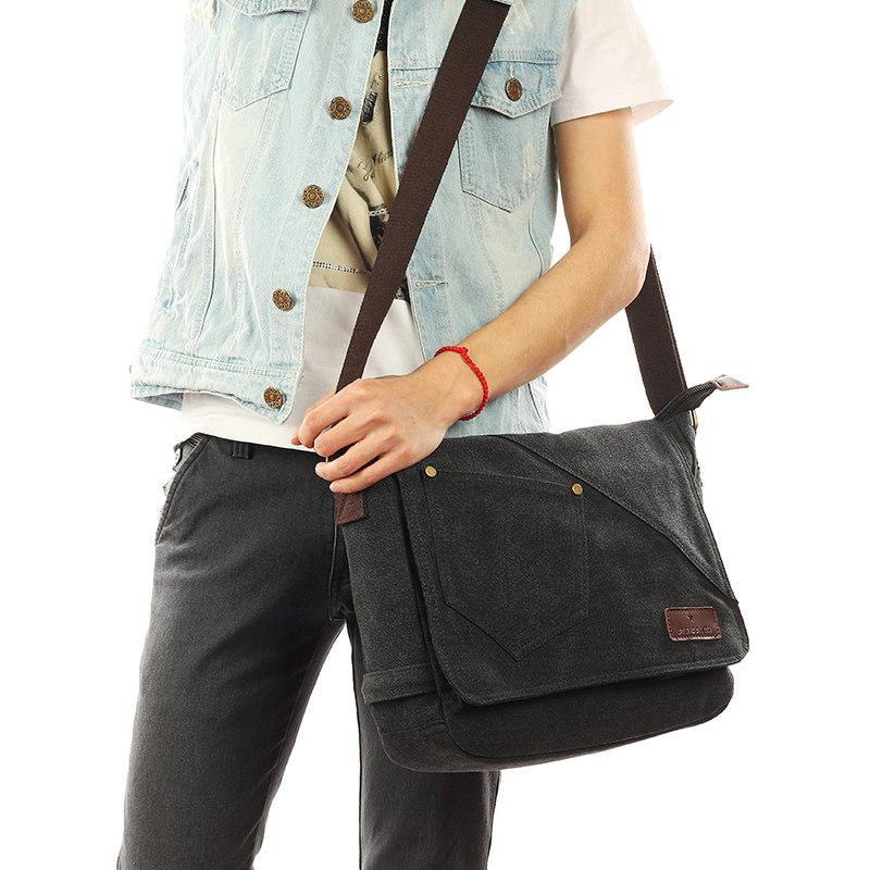 男包帆布包男单肩斜跨包休闲邮差包包英伦复古包潮包韩版潮流背包 一般在付款后3-90天左右发货,具体发货时间请以与客服协商的时间为准