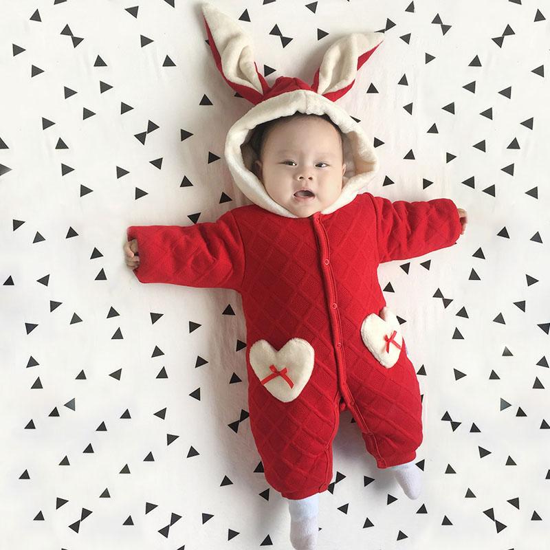 婴儿连体衣服男宝宝0新生儿3个月1春秋季冬装6加厚外出抱衣外套装 发货周期:一般在付款后2-90天左右发货,具体发货时间请以与客服协商的时间为准