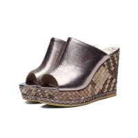 新款真皮女凉鞋休闲凉拖 里外全皮坡跟防水台罗马女鞋夏