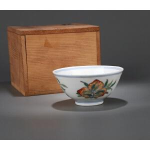 清代斗彩三多纹碗(日式包装)