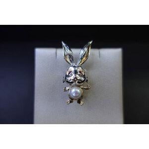 可爱兔子淡水珠胸针