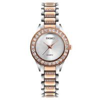 女士时尚水钻石英手表防水简约商务时装表潮流个性腕表女表