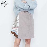 【不打烊价:228元】 Lily2019冬新款女装气质人字纹丝巾拼接不对称印花短裙半身裙6926
