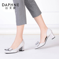 【品牌抢购 仅此一天】Daphne/达芙妮时尚舒适春秋尖头中空粗跟单鞋蝴蝶结中高跟女鞋