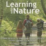 【预订】Learning with Nature: A How-To Guide to Inspiring Child