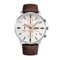 户外运动男士六针石英手表防水时尚商务男表多功能简约风大表盘腕表