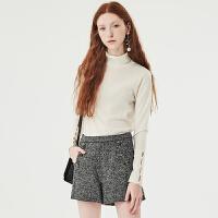 红袖/HOPESHOW100%羊毛开叉珍珠扣高领羊毛衫