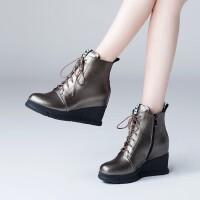 秋冬新款真皮短靴舒适坡跟牛皮女靴专柜品质系带骑士靴 (绒里)