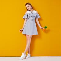 2018夏季新款女装韩版初恋裙子复古露肩木耳边学院风一字肩连衣裙