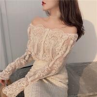 春装2018新款一字领露肩性感蕾丝衬衫+打底吊带长袖上衣两件套女