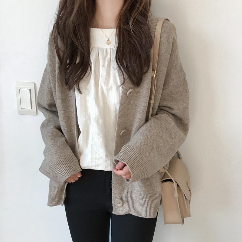 秋装外套女2018新款宽松纯色单排扣针织开衫韩版蝙蝠袖学院风毛衣