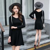 2018秋季装新款韩版气质v领修身长袖纯色小黑裙收腰显瘦a字短裙女