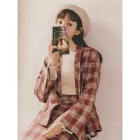 复古格纹上衣2019秋季新款女装大翻领英伦风休闲宽松格子西装外套