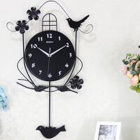 现代创意墙壁钟小鸟个性装饰挂表夜光欧式钟表挂钟客厅摇摆钟
