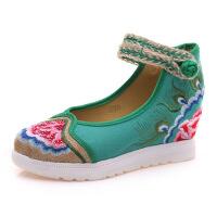 老北京布鞋女春季新款民族风平底鞋绣花内增高透气圆头红色女单鞋