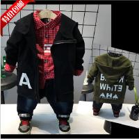 男童风衣2018春装新款韩版时尚字母印花连帽长袖薄绒拉链衫外套