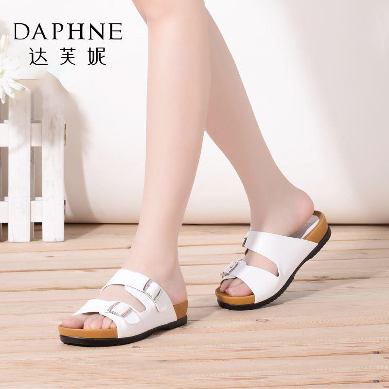Daphne/达芙妮夏品 简约搭扣厚底低跟女凉鞋拖鞋