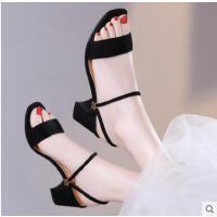 古奇天伦新款女士罗马中跟两穿凉鞋高跟鞋女粗跟夏季一字扣带夏天鞋子WQ08688