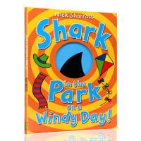 【满300-100】刮风的日子里公园里的鲨鱼 进口英文原版绘本 洞洞书 Shark in the Park on a W