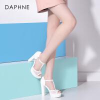 Daphne/达芙妮夏季女鞋 镂空超高跟防水台鱼嘴凉鞋