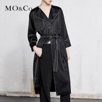MOCO春季新品辑边纽扣腰带中长款外套MA181TRC112 摩安珂