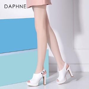 Daphne/达芙妮女鞋春夏新款 超高跟粗跟防水台纽扣鱼嘴凉鞋
