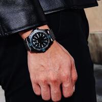 男士手表休闲运动时尚钢带战术绅士表盘夜光大气石英表