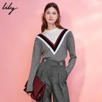 【9.27 Lily超级品牌日 全场2件4折】Lily2017冬新款女装条纹拼接显瘦毛衣大V领长袖针织衫117430B
