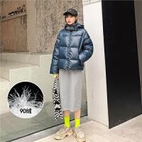 七格格羽绒服女2019新款冬季中长款韩版时尚亮面白鸭绒宽松外套潮