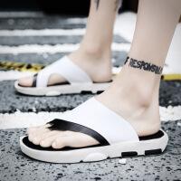 人字拖男士2018新款凉拖鞋男夏时尚外穿沙滩鞋男男潮
